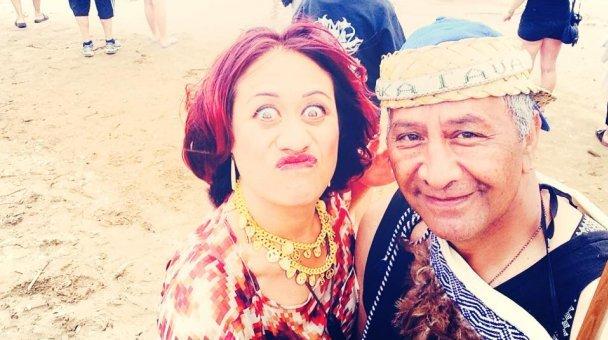 Selfie: Miss Kihi raua ko Koro